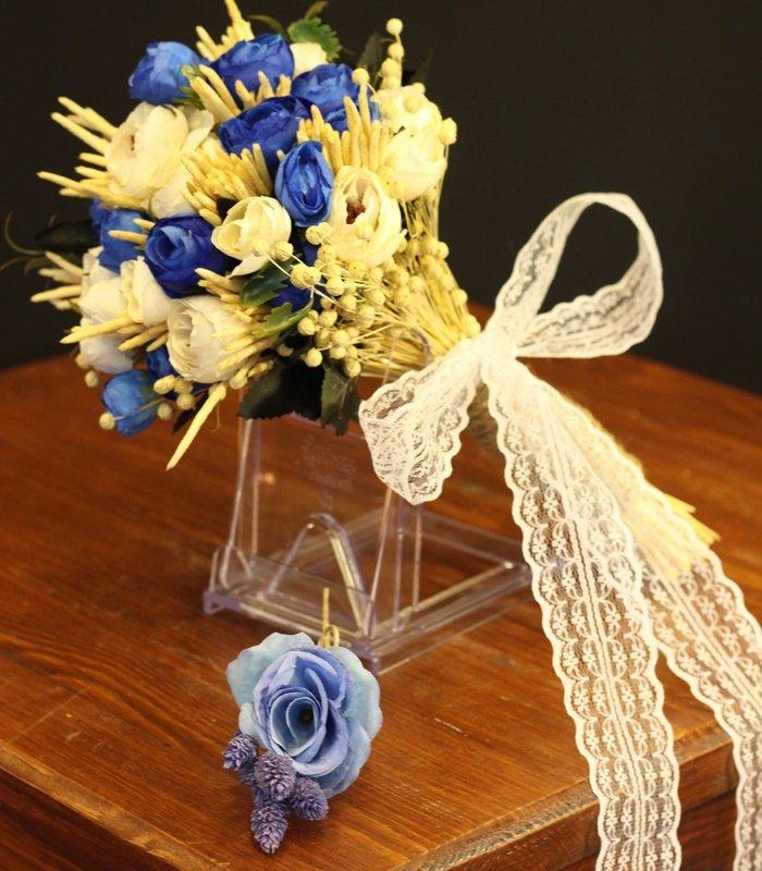 Mavi Beyaz Erengül Gelin Çiçeğ