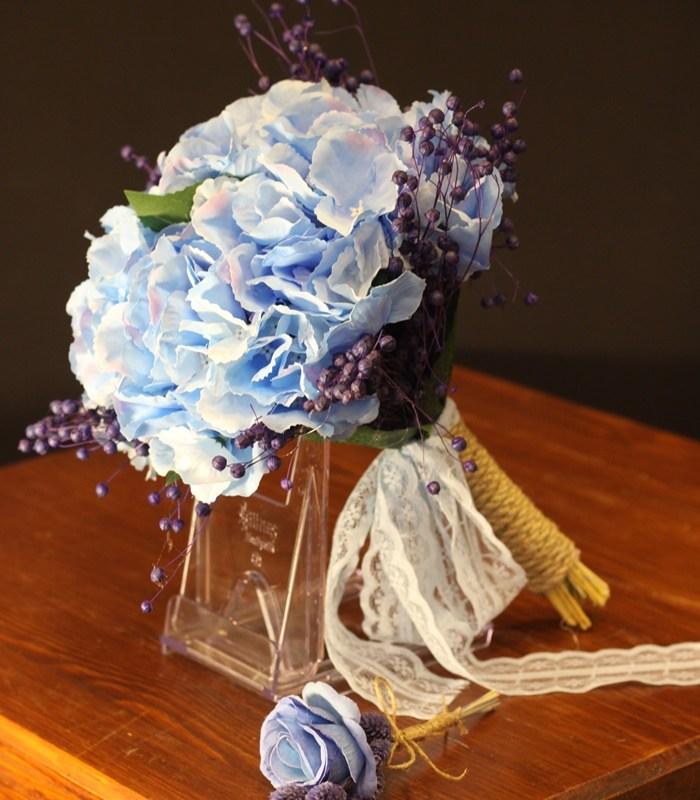 Mavi Ortanca Gelin Çiçeği Buketi