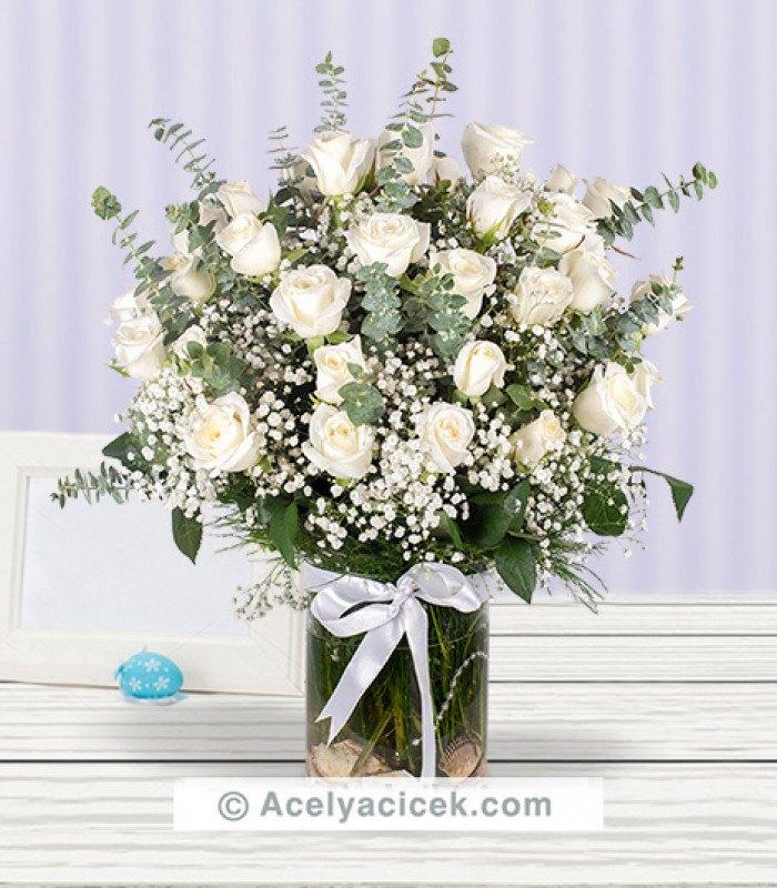 Mutlu Aşıklar 50 Beyaz Gül