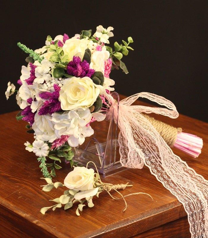 Beyaz Vişne Gelin Çiçeği